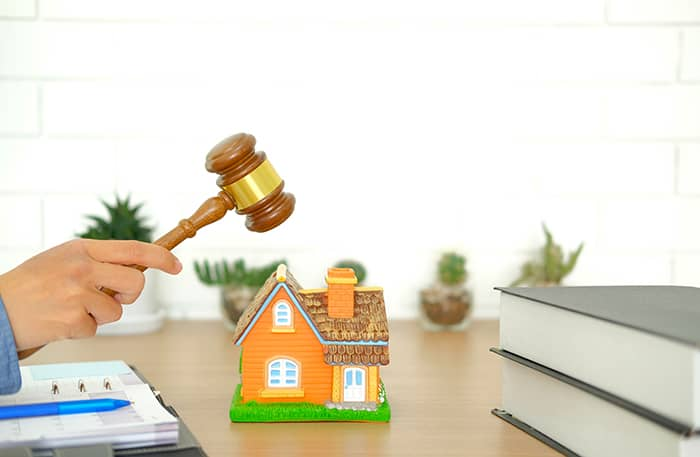Traditional Real Estate Auctions by Realtor Firms